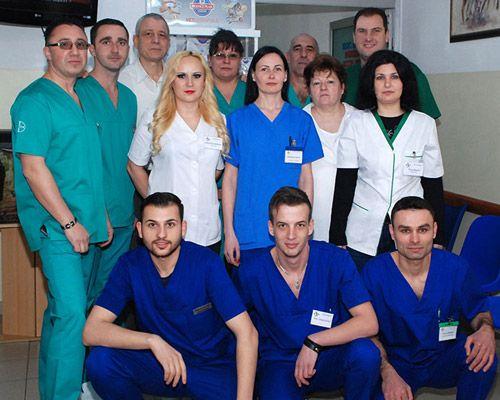 Poza-1-Echipa-BioVet---Clinica-Veterinara-compressor